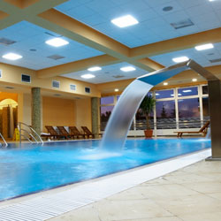 Tratamiento de aguas en balnearios spas y piscinas asp for Ozono para piscinas
